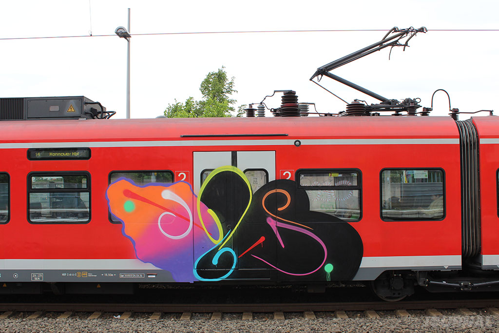MOSES-MOZES-GRAFFITI-STYLEPIECE-DETAIL-THE-GRIFTERS-JOURNAL-TOPSPRAYER-INTERVIEW5