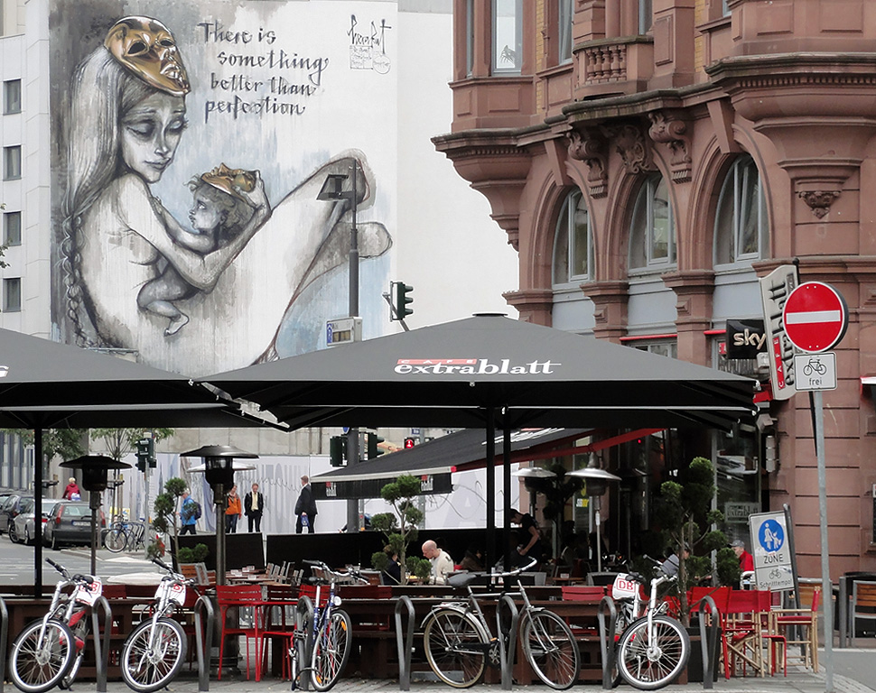 frankfurt-streetart-mural-graffiti-herakut-better-tha-perfection-1