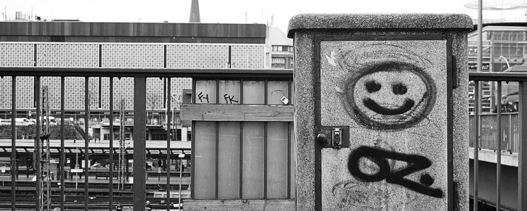 oz-graffiti-1070x430
